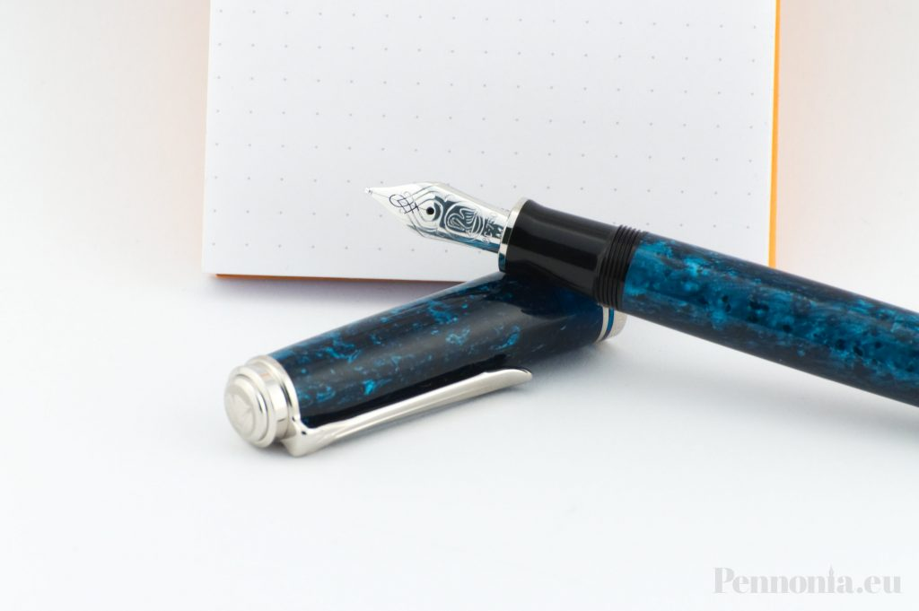 Pelikan Ocean Swirl Pennonia writing sample